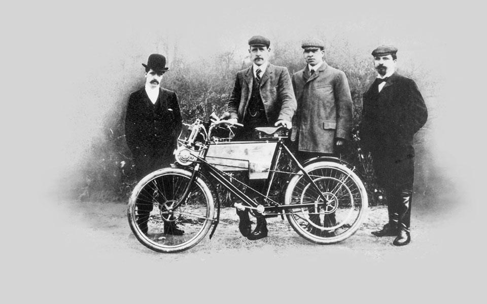 Primeira moto da Royal Enfield em 1901